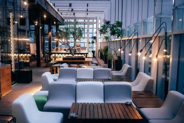 Design de Interiores Iris Bar, um conceito jovem e luxuoso para a agitada vida noturna de Dubai 5