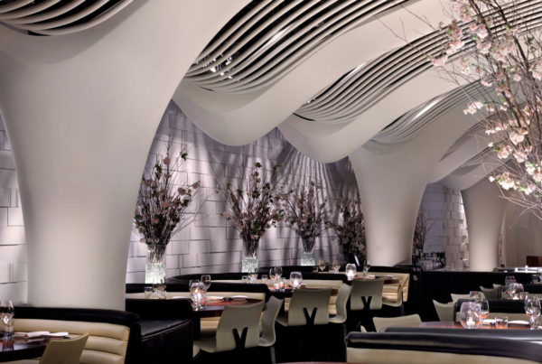 Pelo Mundo O décor sofisticado do restaurante STK em New York 3