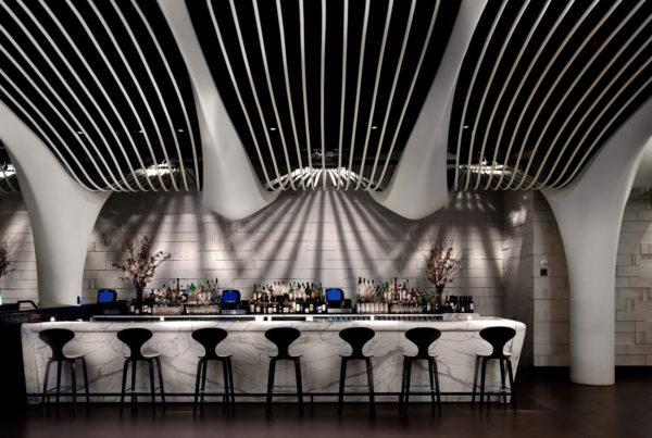 Pelo Mundo O décor sofisticado do restaurante STK em New York 4