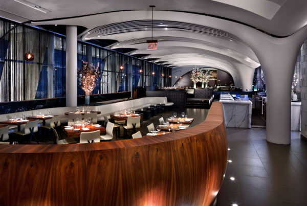 Pelo Mundo O décor sofisticado do restaurante STK em New York 5