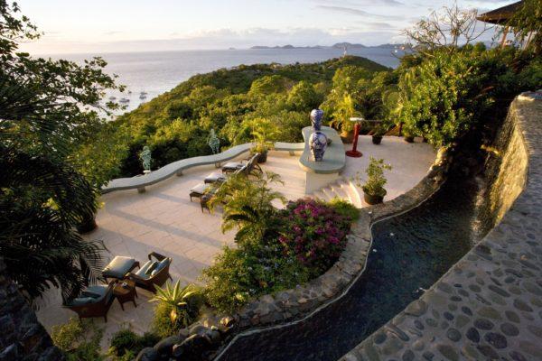 inspiração de décor exotico mansão de david bowie animal print no décor foto mandalay estate 7
