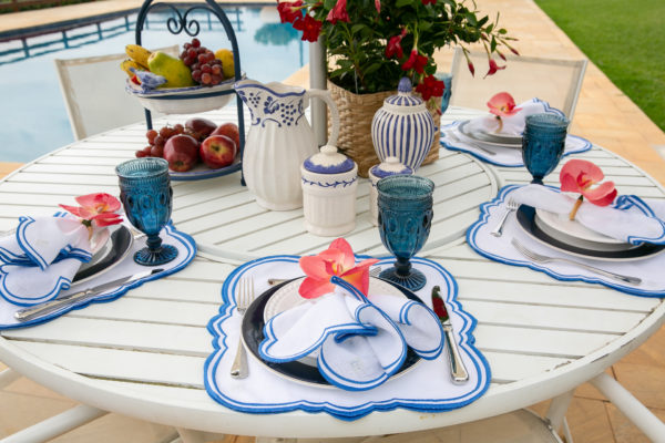 mesa ao ar livre