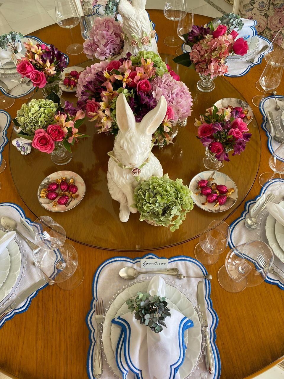 mesa-de-páscoa-romantica
